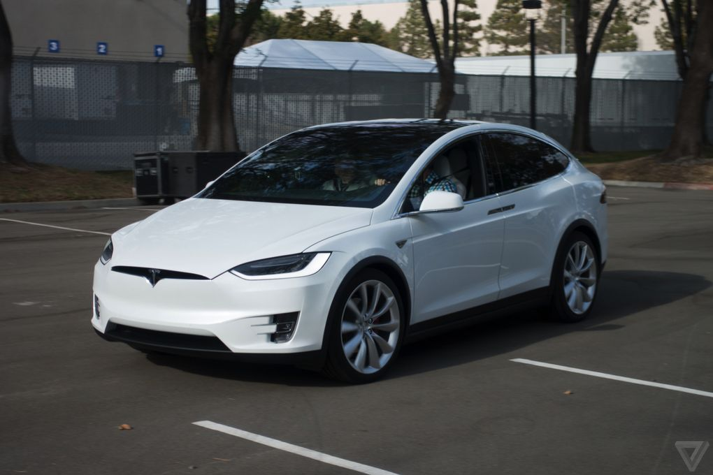 tesla-model-x-launch-007-2040_0